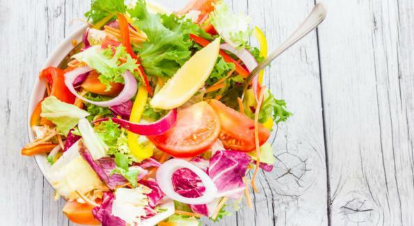 Quels aliments crus choisir pour perdre du poids rapidement