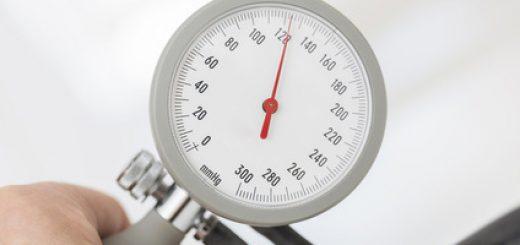 Pourquoi et comment prendre sa tension avec un tensiomètre ?